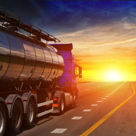 Liquid bulk cargo transportation